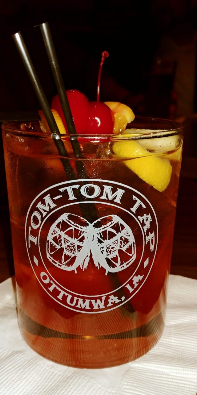 Ottumwa Iowa Hotels whisky old fashioned sweet from the ton top tap in the hotel ottumwa