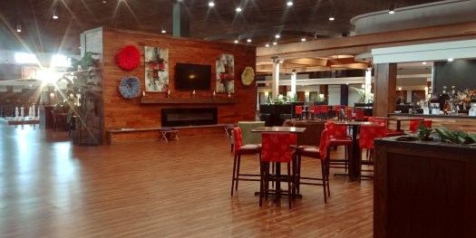 lobby at Ramada water park hotel