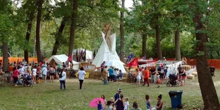Learn While Having Fun at the Johnny Appleseed Festival
