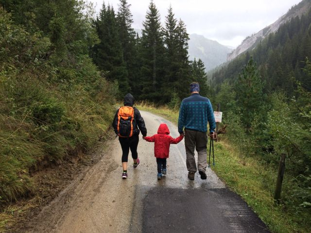 The Ultimate Tips for   Traveling with Family