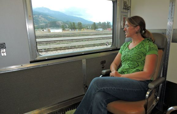 VIA Rail, Sleeper Train, Canadian sleeper train, Rocky Mountaineer, VIA Rail, Beds on VIA Rail, Jasper train, Canadian Rockies Train, What's it like to sleep on a train, sleeping on a train, beds on a train, VIA rail beds,