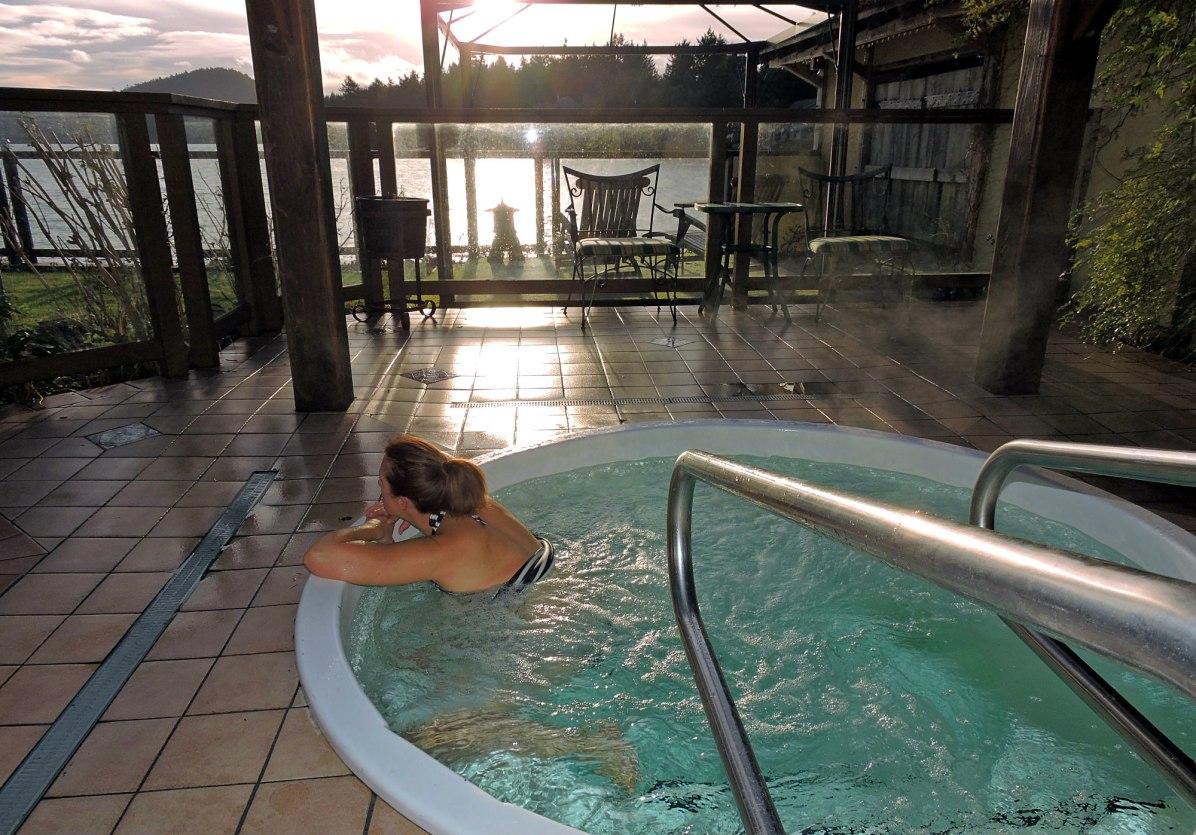 Galiano Inn, Galiano Spa, Galiano Resort, Madrona Del Mar Spa, Galiano Inn and spa amenities, Galiano Inn and Spa