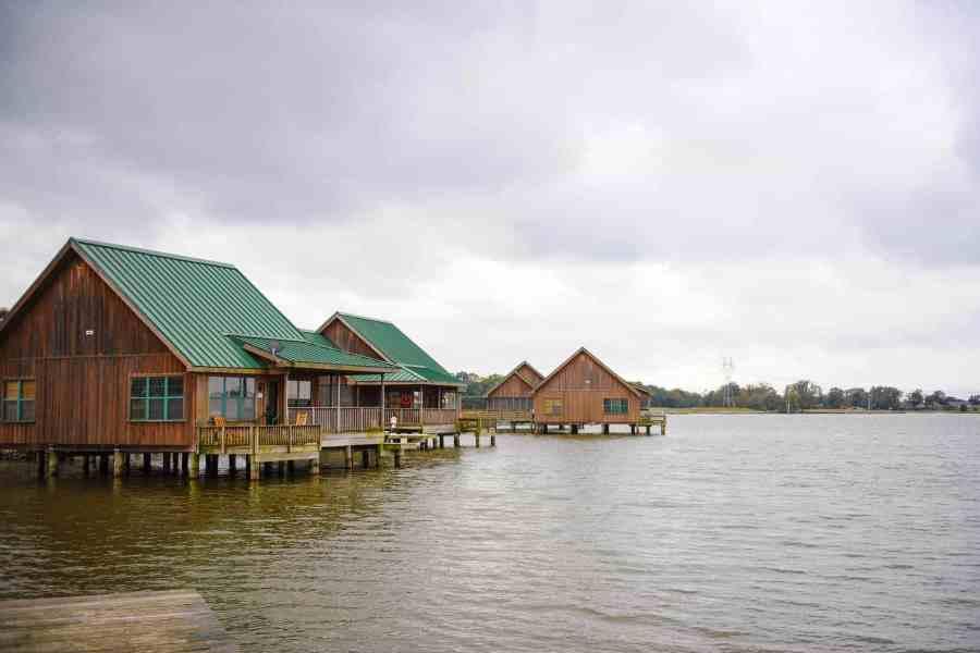 lake camping in louisiana