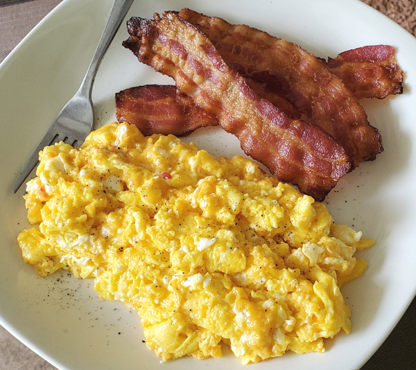 Bacon and Eggs Keto LCHF Meal Diary