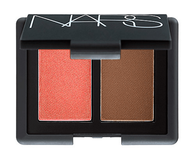 NARS Blush Bronzer Duo Travel | Quick & Easy Makeup For Travel In 10 Minutes | TravelingPetiteGirl.com | #makeup #travel #easy #quick