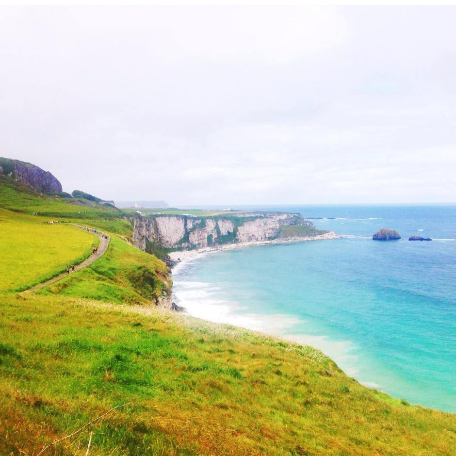 The Northern Ireland coastline right outside of the #carrickarede rope bridge entrance  #causewaycoastalroute