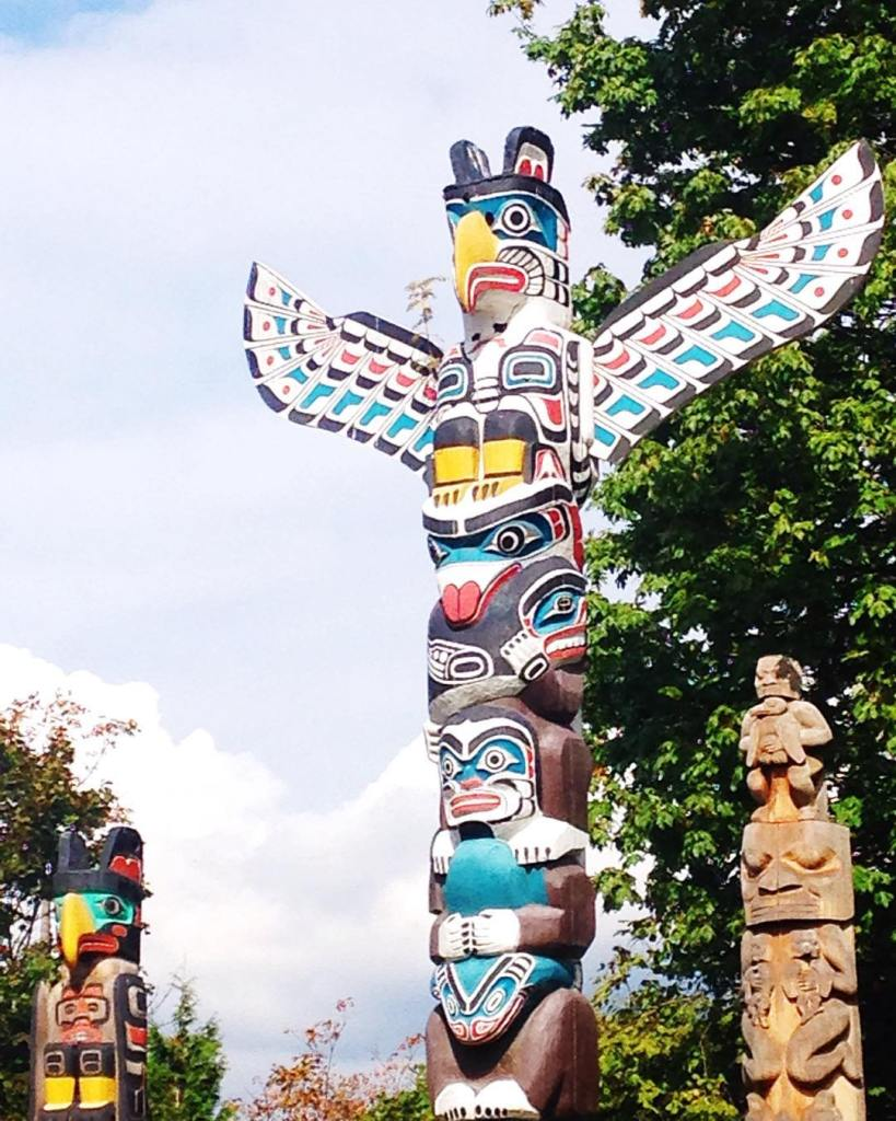Had to find the totem poles in Vancouver! How fun are these?! #stanleypark