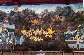 Paintings in the galleries surrounding the Temple of the Emerald Buddha. They are from Ramakien, the Thai version of the Indian Ramayana.
