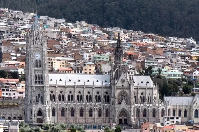 Ecuador Quito Basilica e1563533704302 - Visa Free Countries for Indians