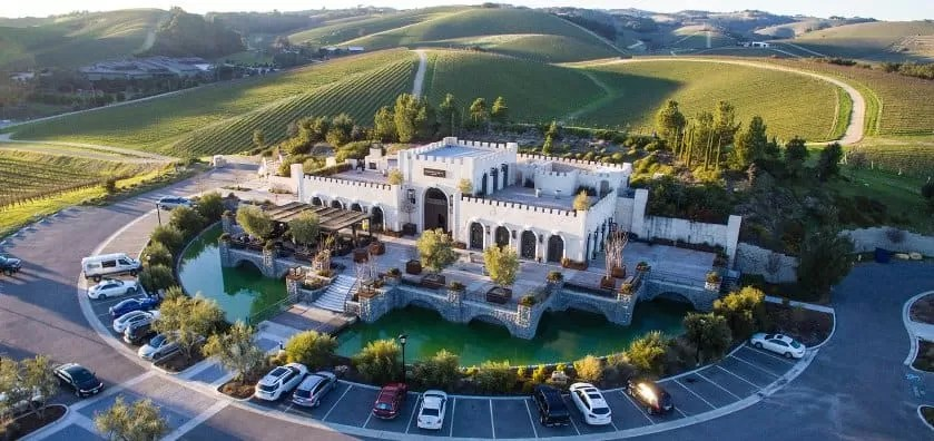 Tooth & Nail Winery - Paso-Robles