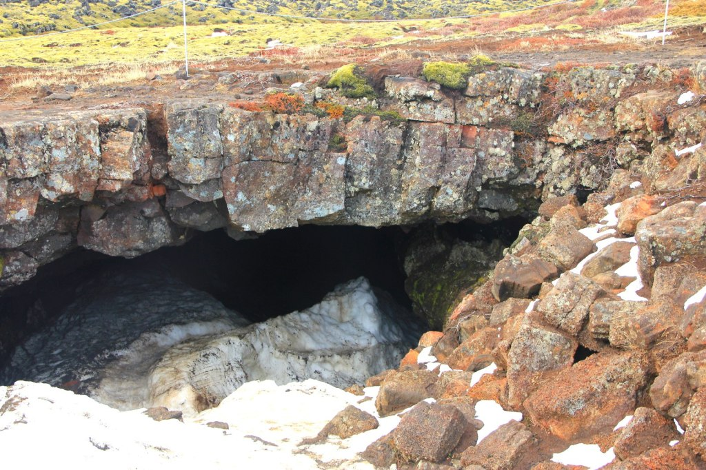Entrance into the Leiðarendi Cave