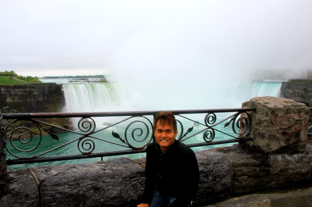 Finally my 4th attempt after maid of the mist - Horseshoe Falls