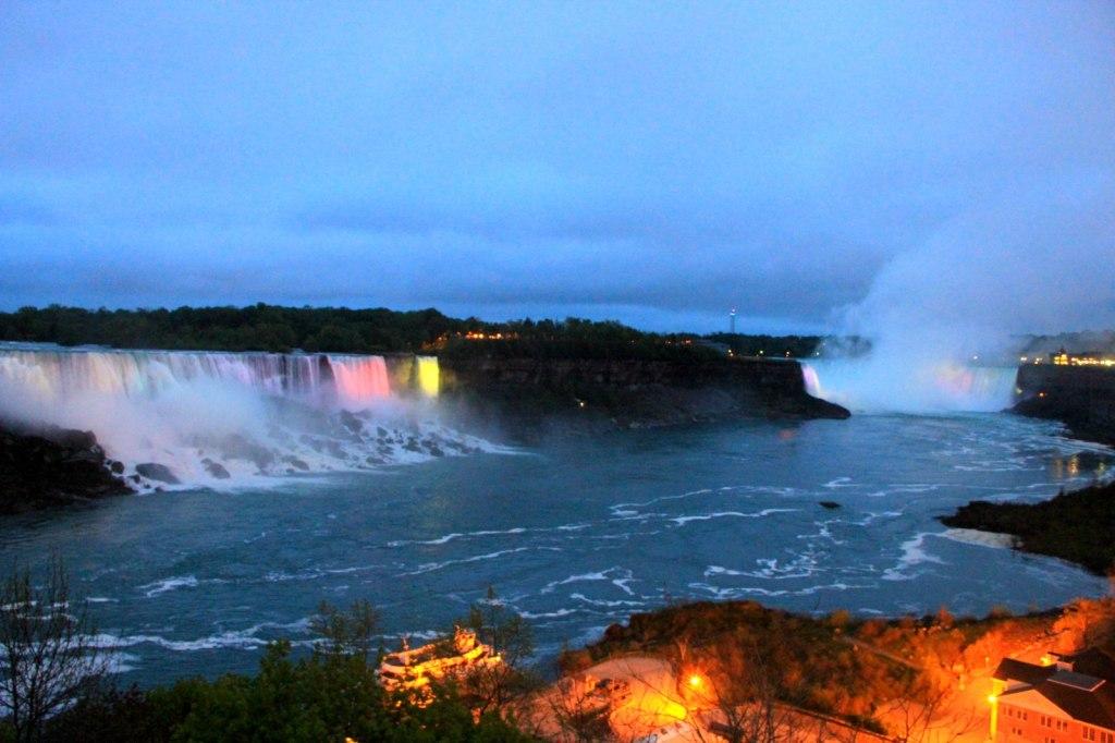 Night view of all 3 Niagara Falls