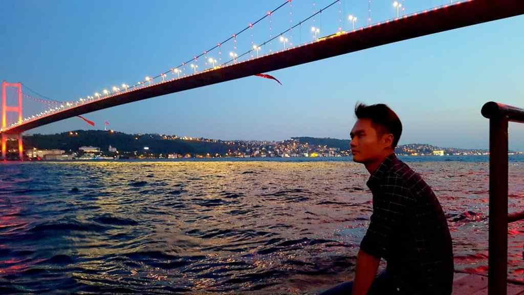 Current Situation in Istanbul Turkey Bosphorus Bridge & River