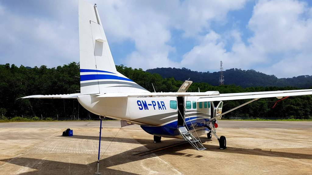 Prima Air that ferry you from Subang Airport to Redang Island