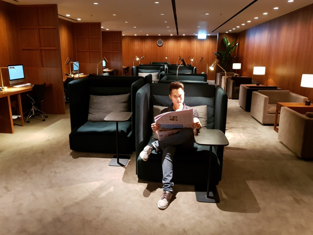 Cathay Pacific Business Class Lounge The Pier Bureau
