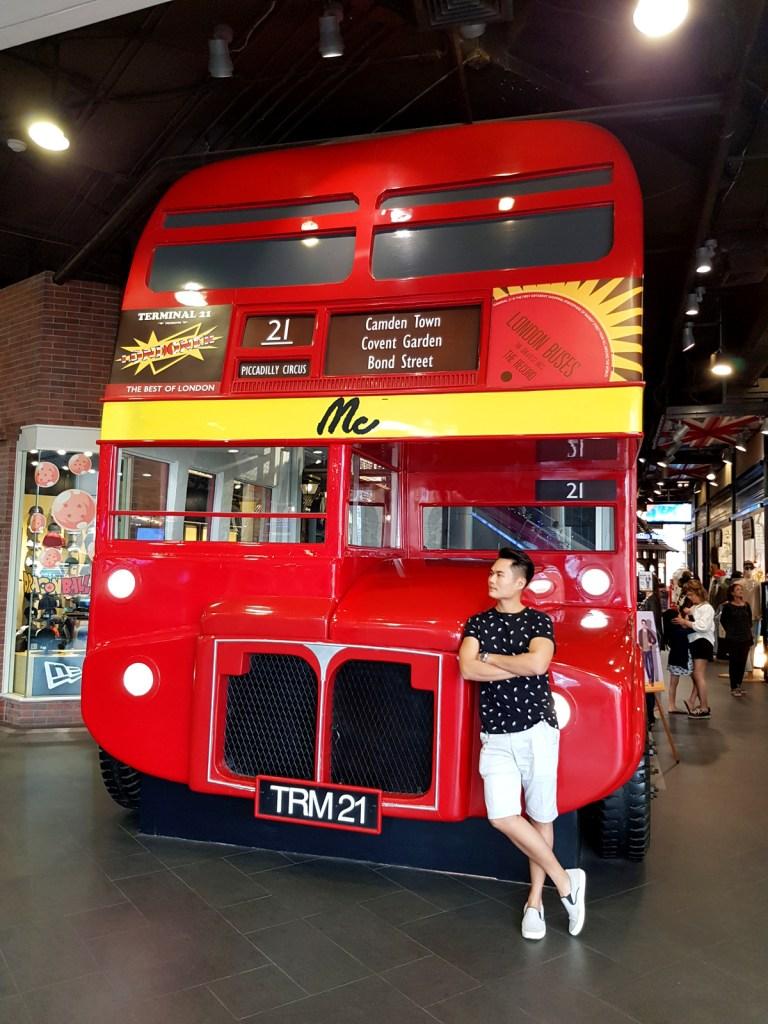 London Bus at Terminal 21