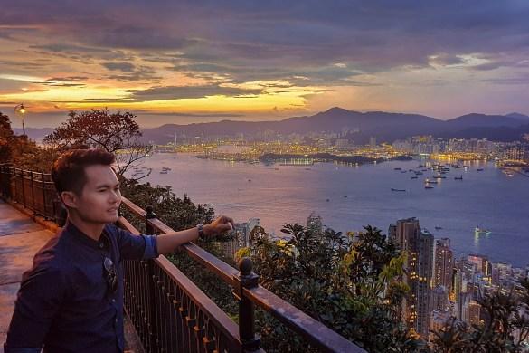 The SunSet At Victoria Peak Hong Kong