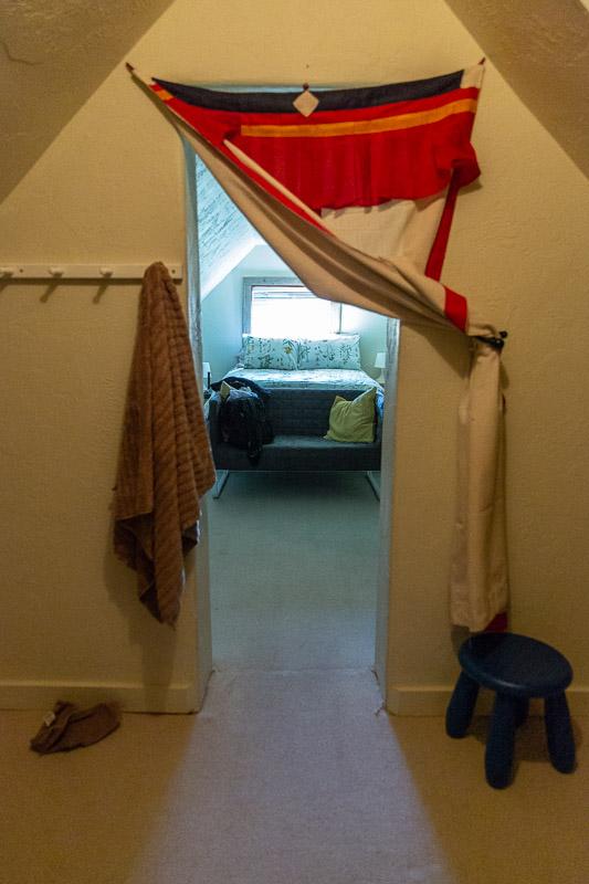 victor door to bedroom travel is sweet