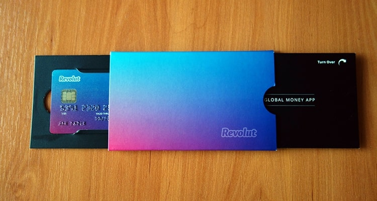 Revolut karta zdarma - ako ušetriť pri výbere z bankomatu a platbe kartou v zahraničí?