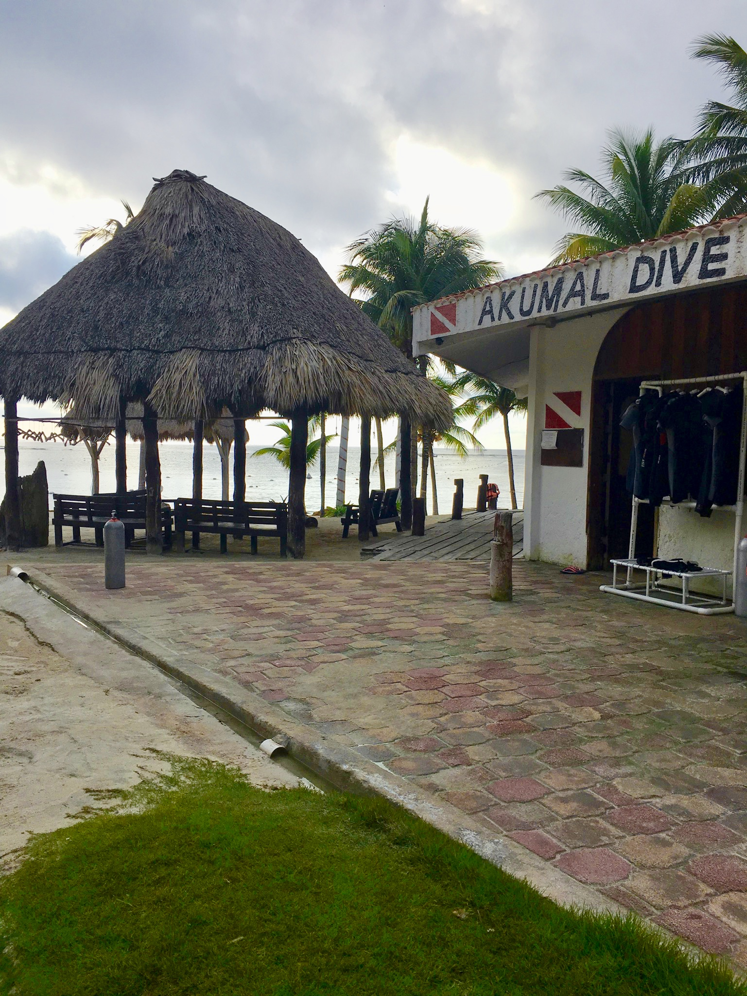 Akumal Dive Center is one of the dive shops from where you can rent gear