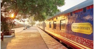 Deccan Odyssey, World's Top Luxury Train, Luxury Train, Indian Railway Luxury Train Booking, Indian Railway Best Journey, Indian Railway Best Photos