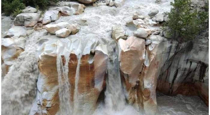 Gangotri Travel Guide: कैसे जाएं, कहां घूमें, Trekking का भी ले मजा