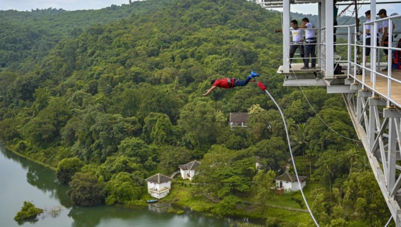 Must enjoy bungee jumping at these 7 places in India