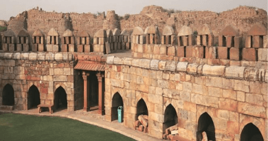 Tughlaqabad Fort in Delhi India - History of Tughlaqabad Fort