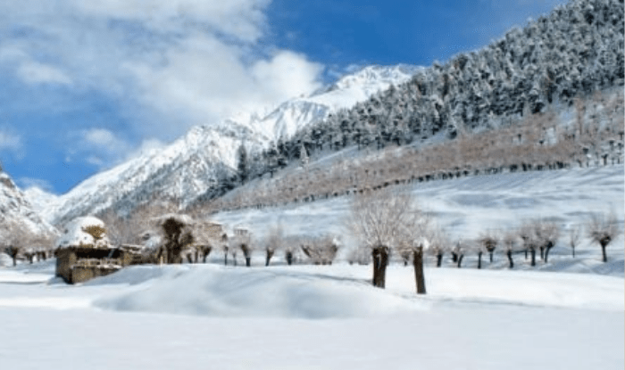 Lahaul-Spiti is freezing lakes and waterfalls