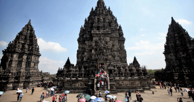 These 10 Hindu temples are in Indonesia, the world's largest Islamic country