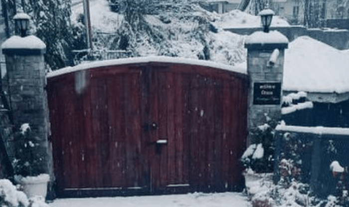 Kangana Ranaut shared a photo of her Manali house covered with snow
