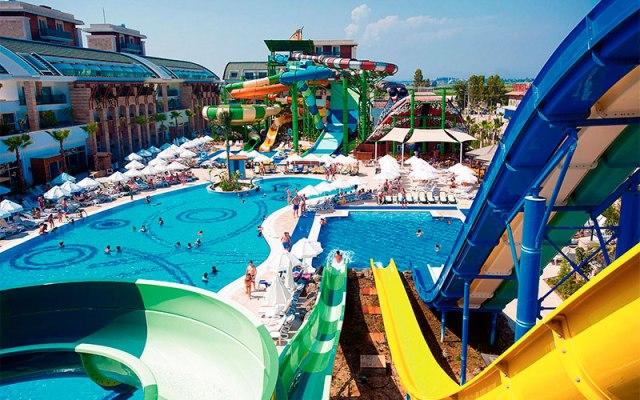 Crystal Waterworld Resort & Spa 5*