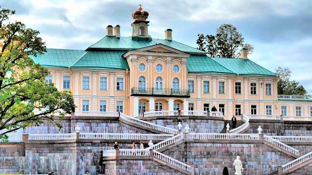 Большой Меншиковский дворец в Ораниенбауме