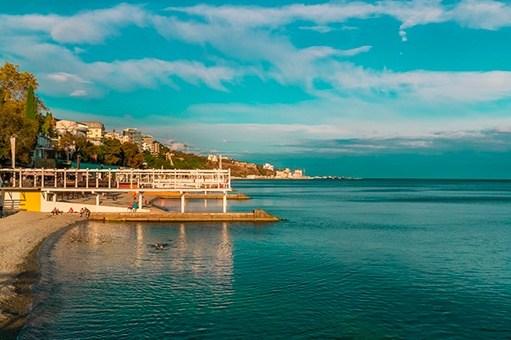 Санатории Ялты на берегу моря с лечением