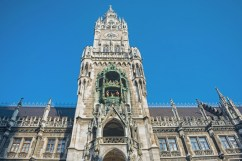 Neue Rathaus 3