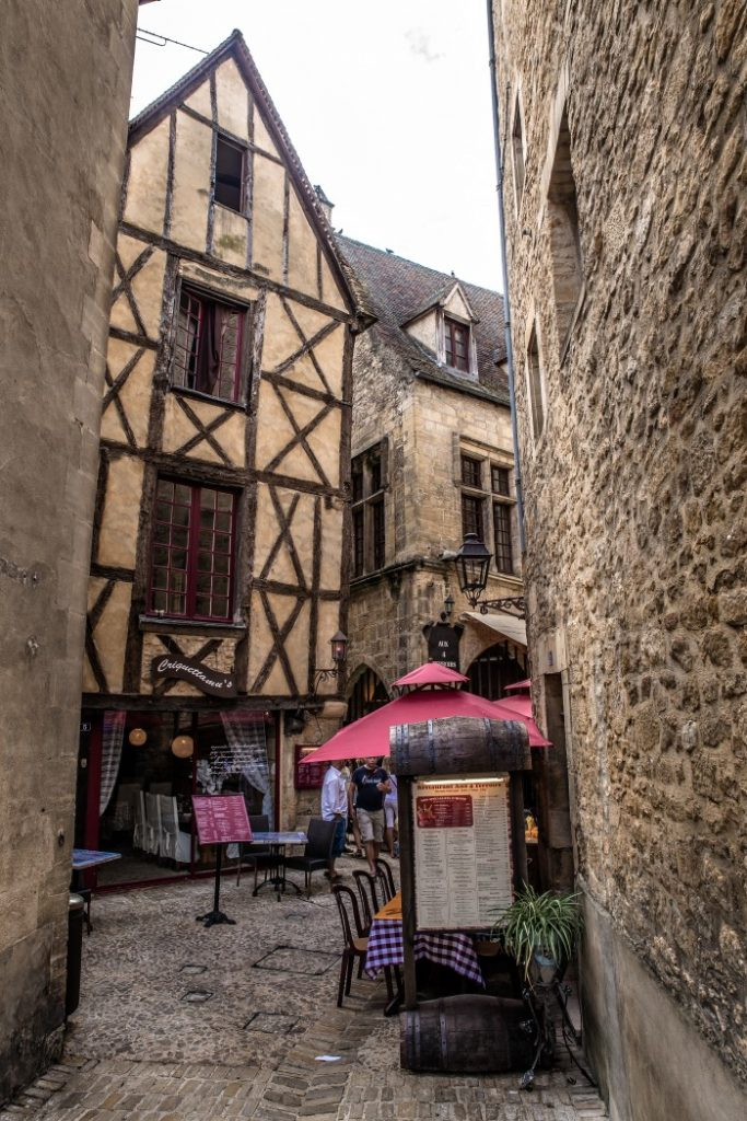 Sarlat old buildings to explore, France