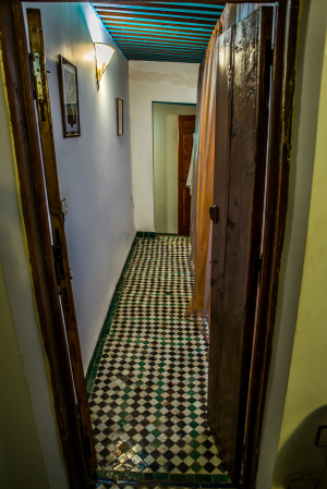 Private walkway between bathroom and bedroom of the Paprika room, Riad Laayoun, fes, Morocco