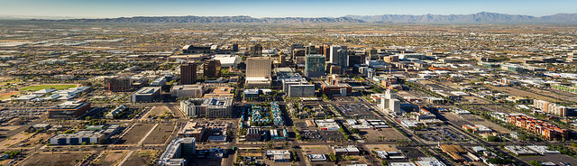 phoenix, arizona, america, travelling book junkie, what to do, top things, to do, to see, where to go in, places to, skyline, city,