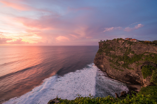 Sunset at Uluwatu, Tamples, Bali, Travelling Book Junkie, Travel, Travelling, Indonesia, Asia, Unique Travel, Unusual Travel