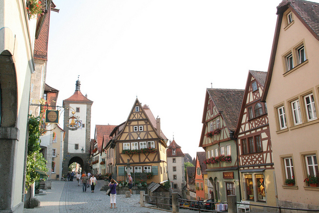 travelling book junkie, popular destinations, amazing destinations, must see places, famous places, beautiful, places, ideas for, vacation, holiday, europe, germany, rothenburg ob der tauber, town, travel, destination, amazing, top, guide,