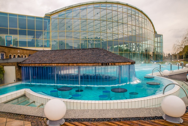 hotel victory, therme erding, germany, luxury spa, sauna, swim up bar, ship themed, hotel, unique stays, skin treatments, southern, accommodation, thermal spa, water slides, restaurants, rooms, pools, themed, travelling book junkie, travel reviews, unusual, family