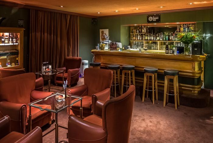 mecure hotels, bourges, hotel, france, michelin star, restaurant, abbey, converted, de bourbon, bar, lounge,
