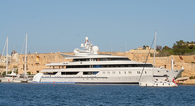 working on a yacht, work, earn and travel, working holiday