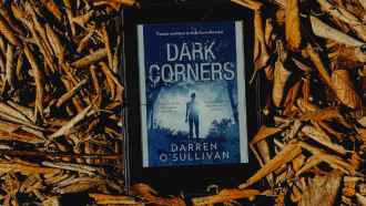 Dark Corners by Darren O'Sullivan, a full review via @tbookjunkie