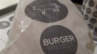SAM 5622 - Eating my way around Melbourne - the one about the Aussie burger