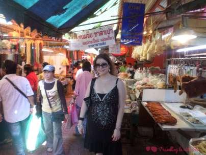 En el mercado de Chinatown, rodeada de yo qué sé qué...