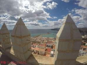 Vistas al puerto desde la terraza superior del castillo