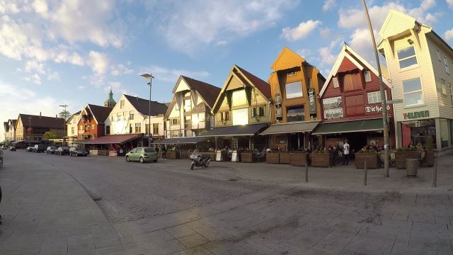 El animado puerto de Stavanger