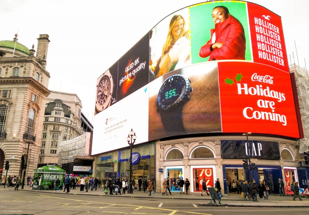 Piccadilly Circus - Location di Harry Potter 7